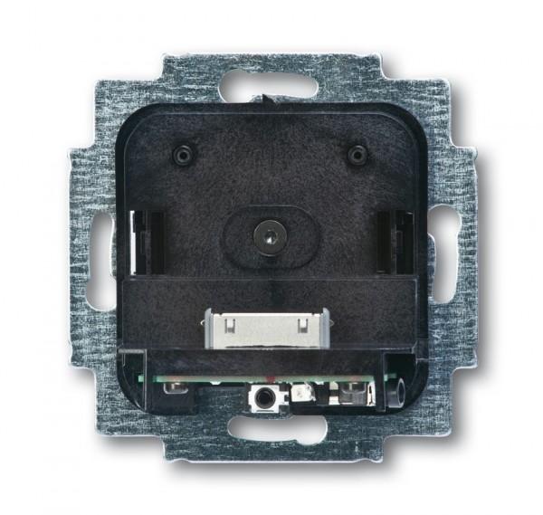 Busch-Jaeger iDock Dockingstation f. iPhone u. iPod 8218U